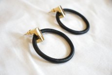 "画像5: Wrapped pierce/earing ""ROUND""(BLACK) (5)"