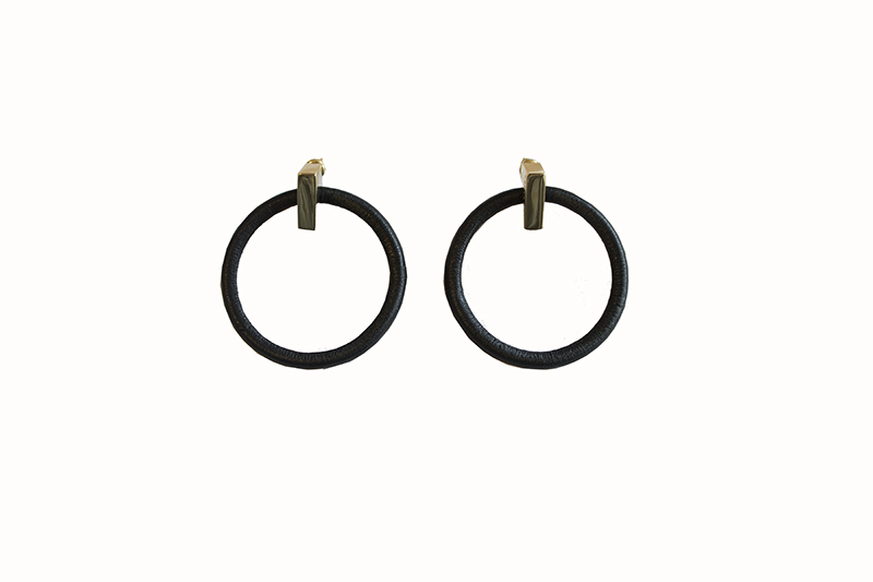 "画像1: Wrapped pierce/earing ""ROUND""(BLACK) (1)"